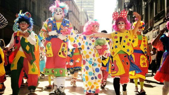 clowns-699167_1920